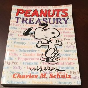 1968 Peanuts Treasury Paperback Book